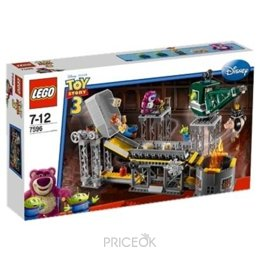 Фото LEGO Toy Story 7596 Trash Compactor Escape